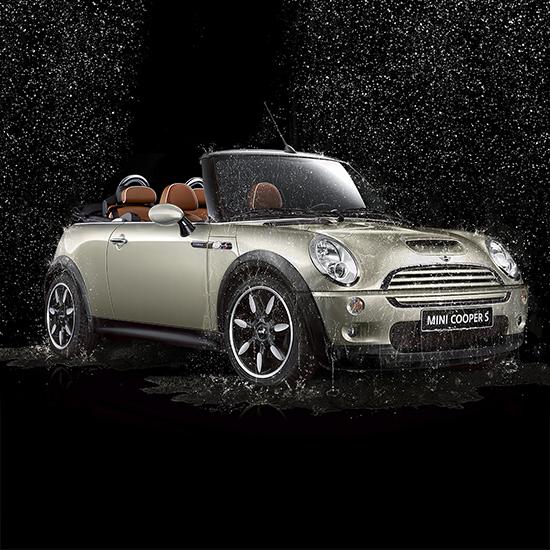 still frame 3D Mini cabrio pioggia